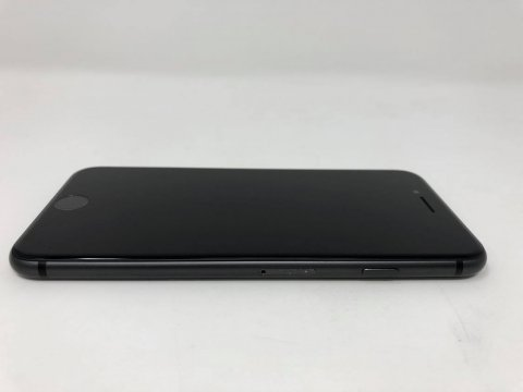 Apple iPhone 8 64 GB vesmírně šedý